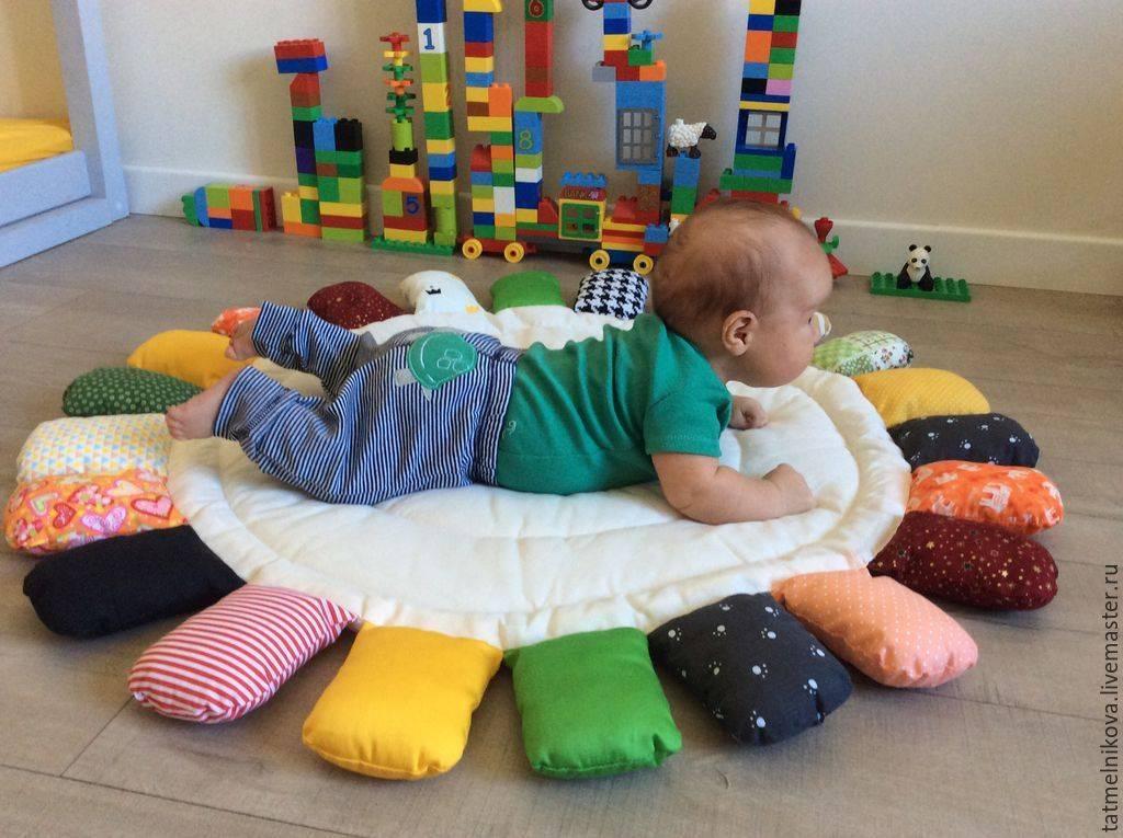 Развитие ребенка в 8 месяцев: какие игры понравятся малышам в этом возрасте