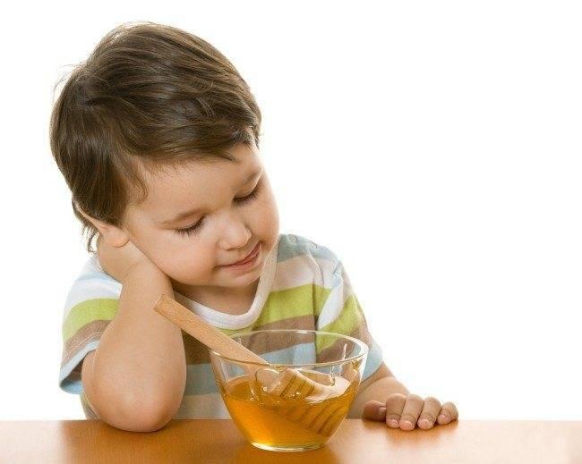 Мед может быть опасен для ребенка: будьте осторожны