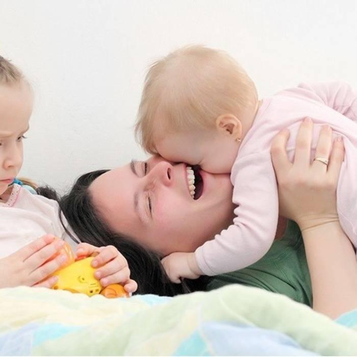 Детская ревность - старший ребенок ревнует к младшему - советы