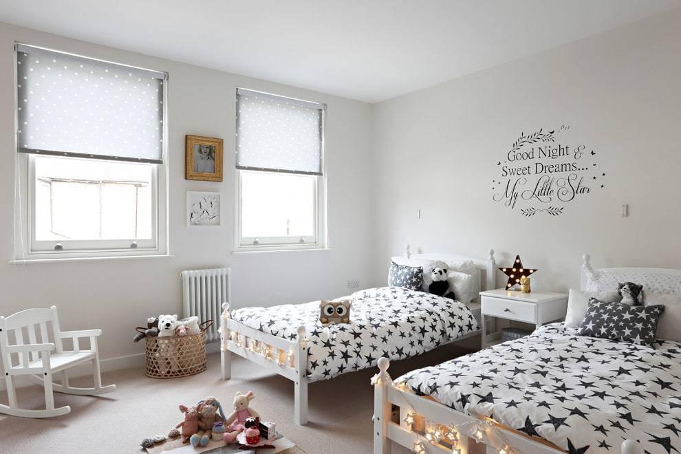 Детская в скандинавском стиле: для мальчика комната, постеры и фото девочки, вагонка для подростка, игрушки
