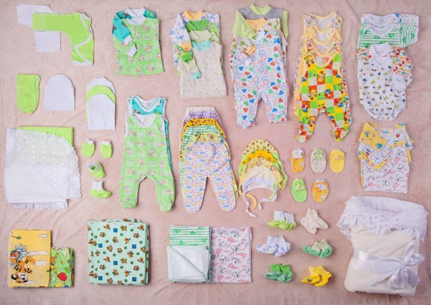 Вещи для новорожденного осенью | список вещей для малыша