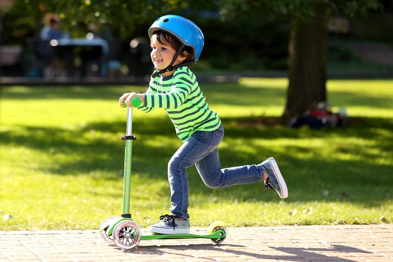 Как научить ребенка кататься на роликах - развитие ребенка