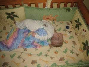 Ребенок выгибает спину 7 месяцев