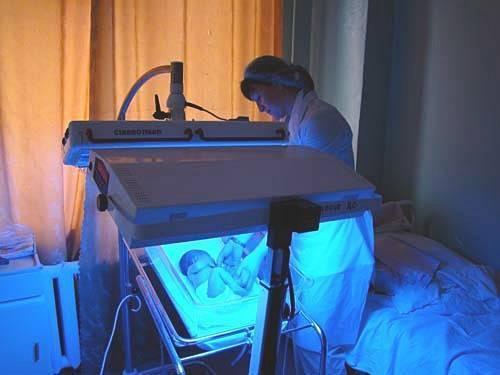 Фототерапия для новорожденных что это такое