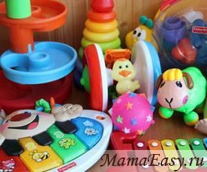 Этапы развития малыша. как выбрать игрушки? игрушки для мальчика 6 месяцев