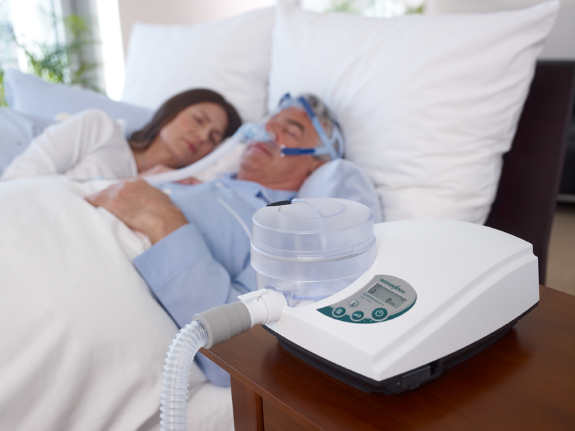 Шумный выдох у ребенка во сне. почему ребенок сопит во сне. помогаем ребенку, который дышит тяжело