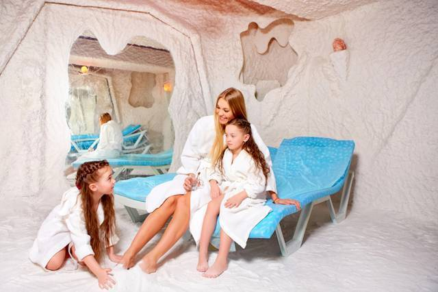 Соляная пещера. 1 сеанс равен 3 дням у моря