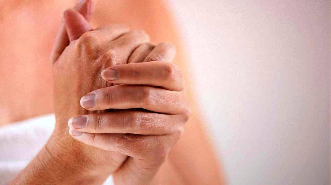 Инфекционно-аллергический артрит у детей: причины, симптоматика и лечение