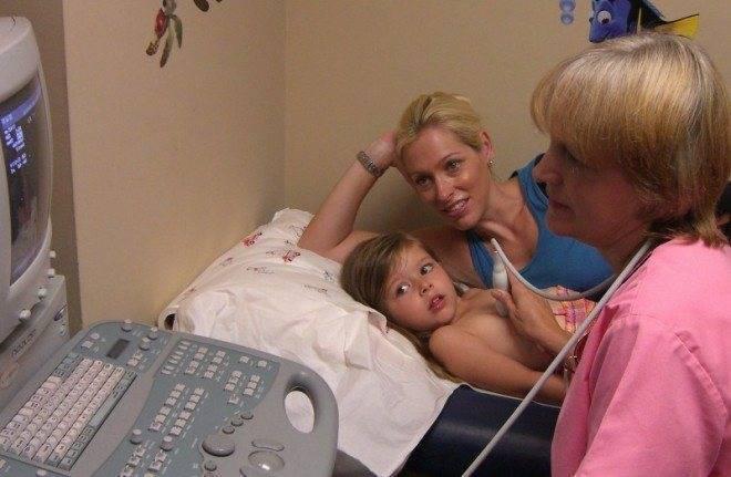 Узи сердца детям: когда надо делать, подготовка к процедуре, расшифровка результатов