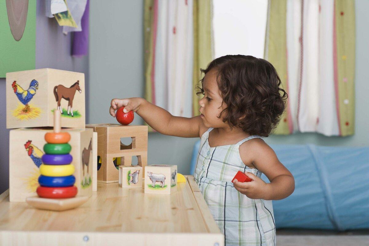Развивающие игры для детей от 1 года ? до 2 лет: занятия дома с мамой, упражнения