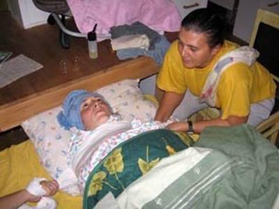 Послеродовое пеленание женщины. мои впечатления. процедура пеленания женщины после родов: восстановление психофизического состояния мамы то, что имеют с собой специалисты