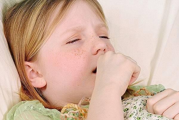 Чем быстро успокоить кашель ночью у ребенка в домашних условиях
