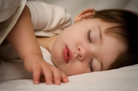 Дыхание новорожденного, почему ребенок часто дышит во сне