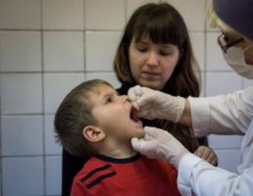 Прививка от полиомиелита: противопоказания, можно ли делать при насморке