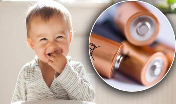 Ребенок случайно проглотил инородный предмет — что делать