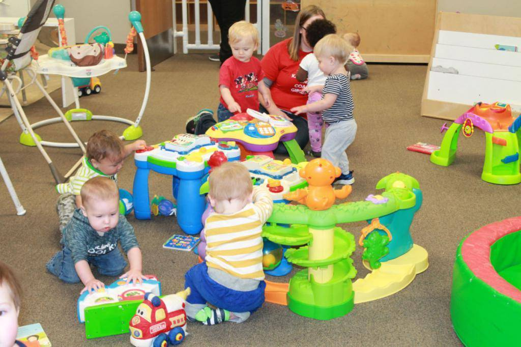 В каком возрасте лучше отдавать ребенка в детский сад, ясли: со скольки берут?   семейные правила и ценности   vpolozhenii.com