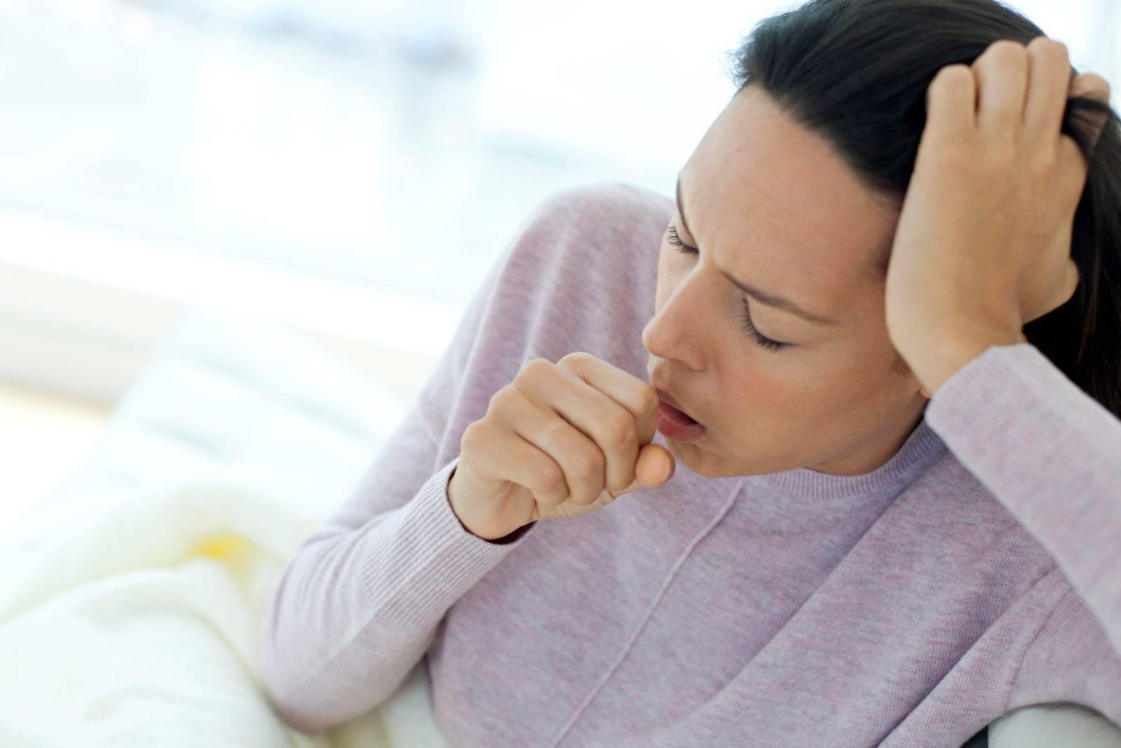 Сильный ночной кашель у ребенка без температуры как лечить снять приступ