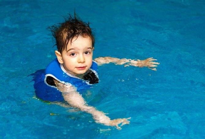 Как научить ребенка плавать с рождения? - parents.ru