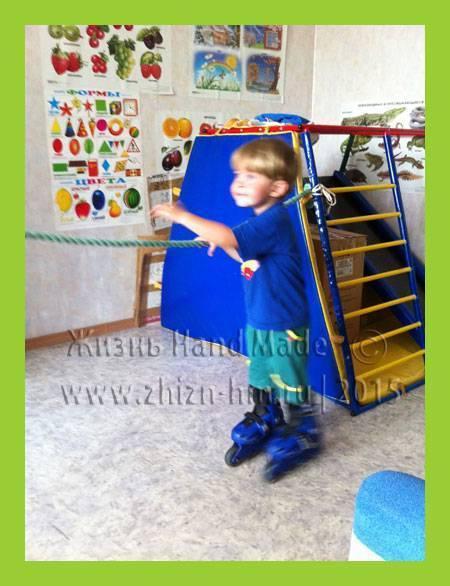 Как научить ребенка кататься на роликах в 4-5 лет — занятия, видео