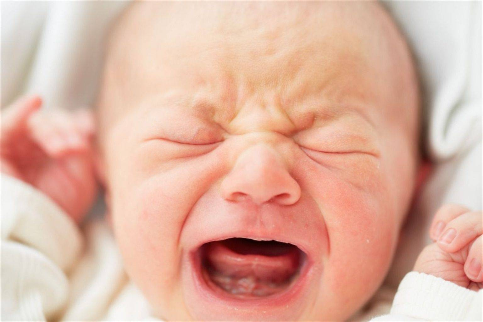 Стафилококк во рту у ребенка и взрослых: причины, симптомы и лечение у детей