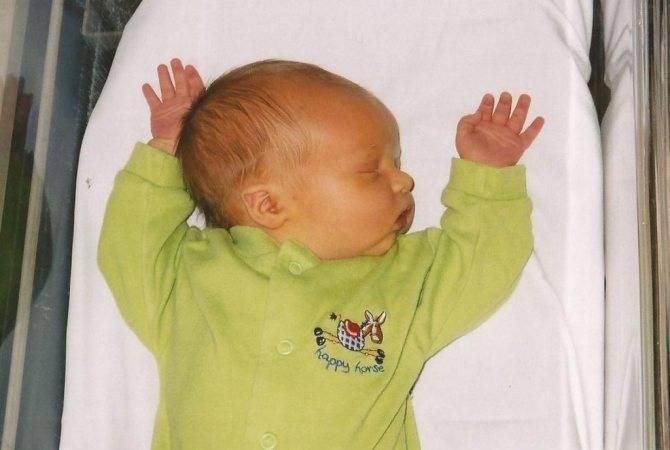 Резкий запах мочи у ребенка: сильно и неприятно пахнет аммиаком