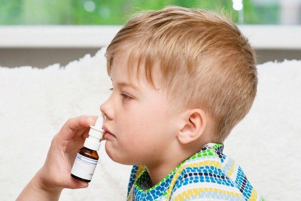 Заложенность носа у новорожденного - что делать, если забиты и плохо дышат носовые проходы? | симптомы | vpolozhenii.com