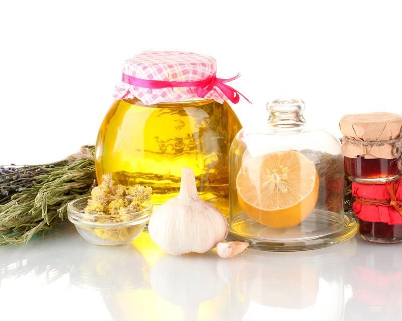 Народные средства от насморка - самые эффективные рецепты и методы лечения у ребенка или взрослого