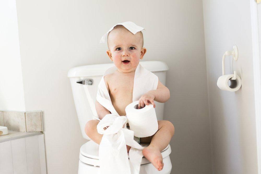 Можно ли вытирать попу. как и когда учить ребенка самостоятельно вытирать попу после посещения туалета: нехитрые подсказки родителям. когда начинать учить ребенка вытирать попу