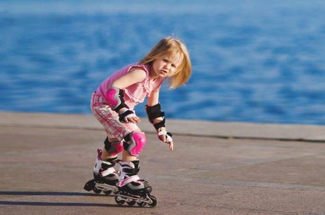 Научить ребенка кататься на роликах – рекомендации и упражнения