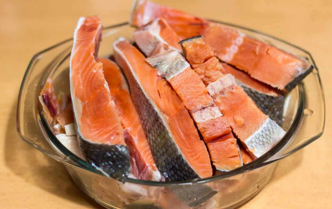 Какую рыбу есть при повышенном холестерине: можно ли скумбрию и соленую селедку