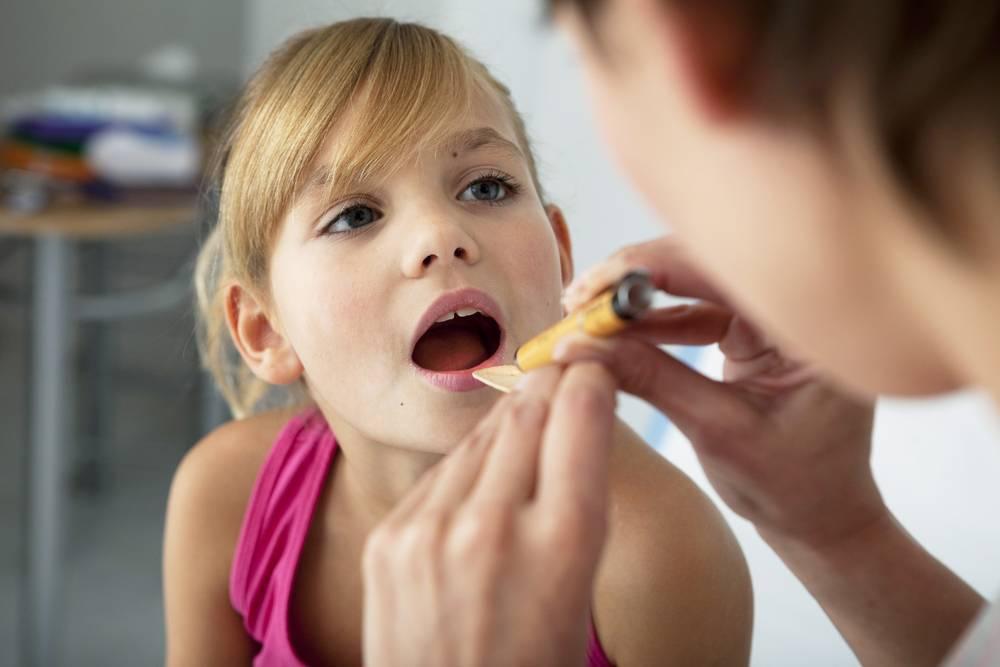 Кашель при аденоидах у детей: как избавиться