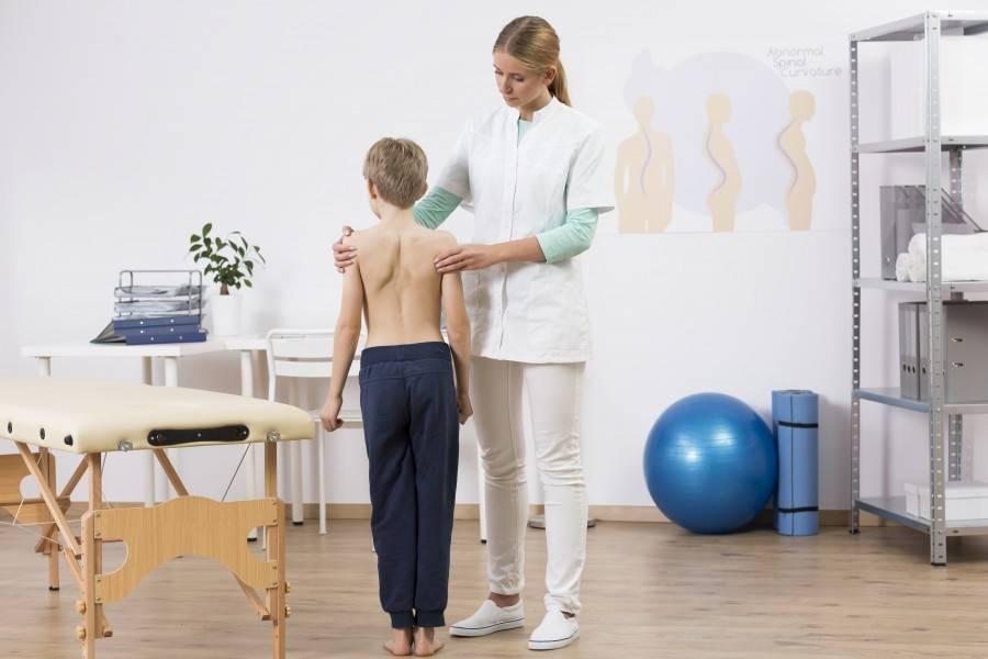 Сколиоз у детей: полезная информация для родителей. признаки, лечение и профилактика сколиоза