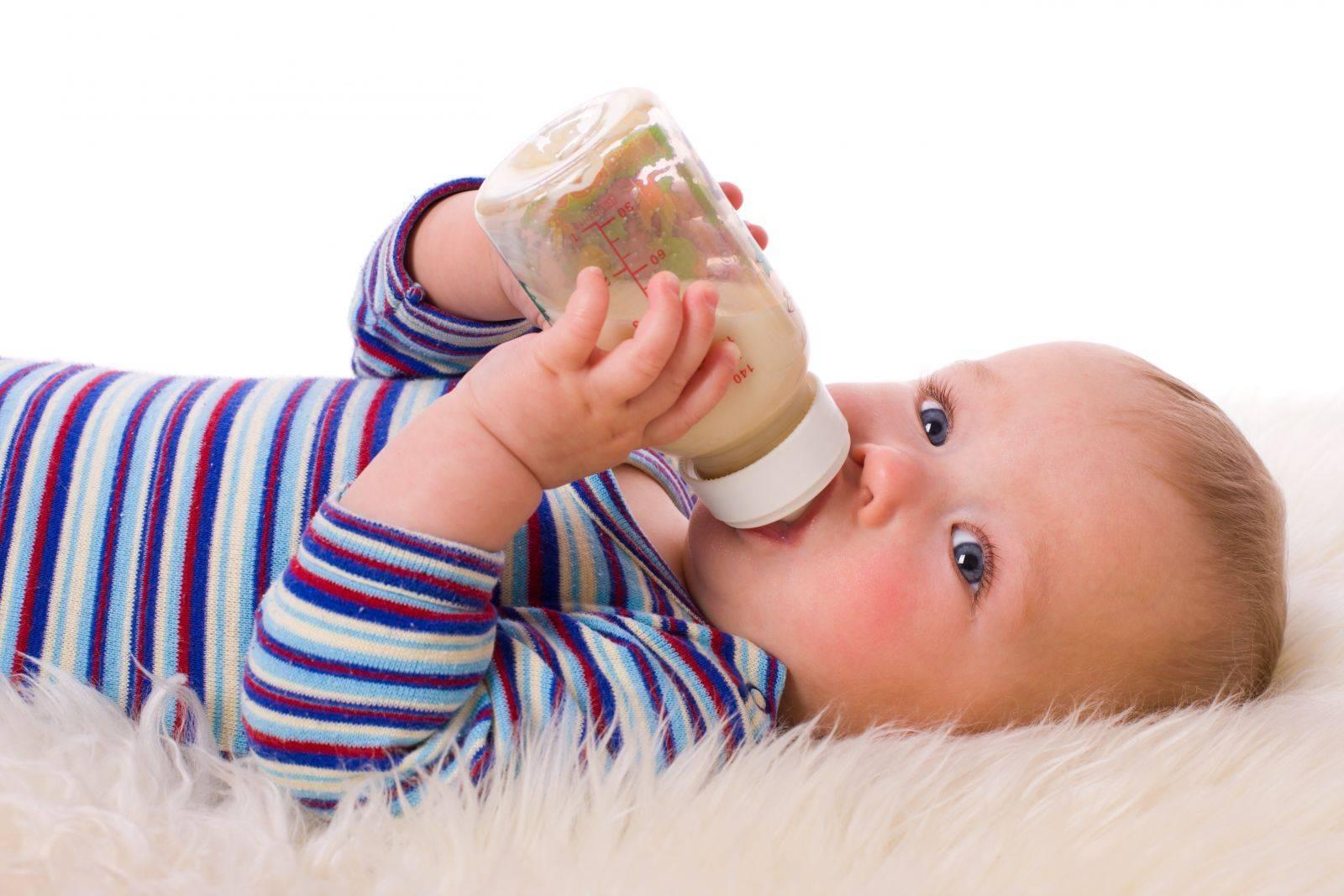 Как отучить ребёнка от ночных кормлений