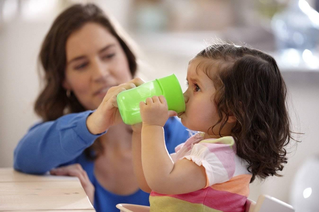 Как научить ребенка сморкаться — нюансы обучения в разном возрасте, видео