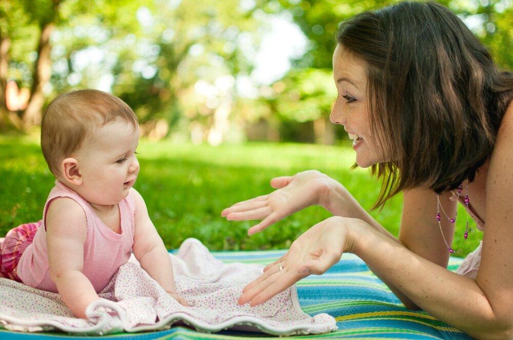 Как отучить ребенка от рук — лучшие методики