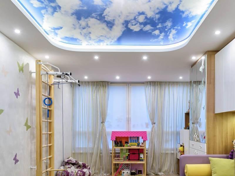 Дизайн натяжных потолков в детской комнате и другие варианты оформления