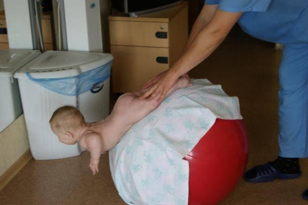 Что такое электрофорез для ребенка 8 месяцев