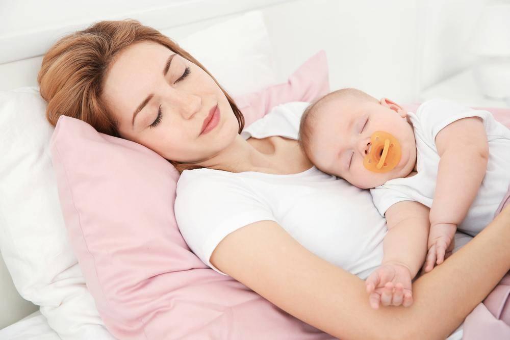 Насколько полезен совместный сон с ребенком