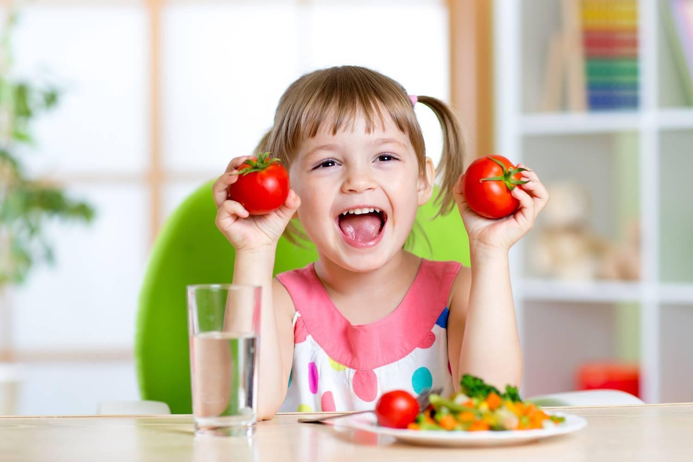 Когда ребенку можно давать свежий огурец – с какого возраста, чем полезен и бывает ли аллергия? - мир здоровья