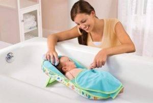 Все о гамаках для новорожденного младенца: купание в ванночке с детским гамаком