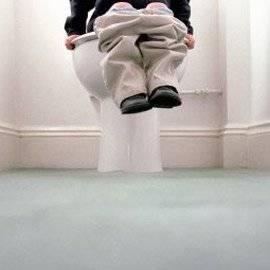 Ребенок боится ходить в туалет: как справиться с детским психологическим запором