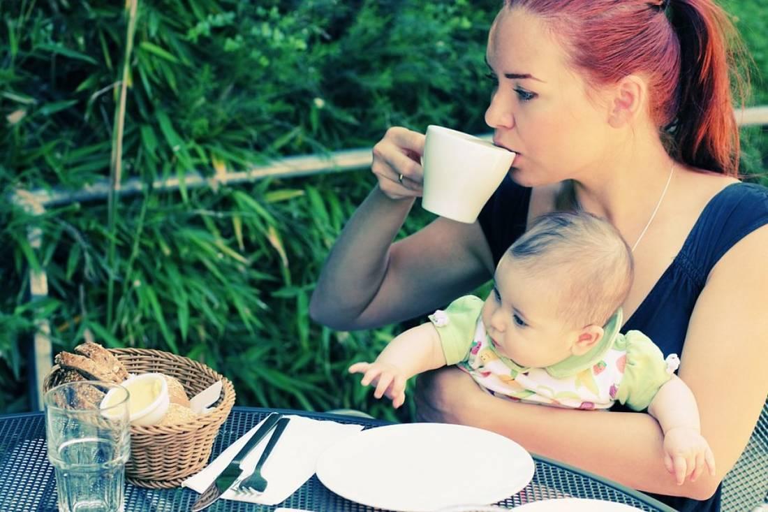 Что нужно пить кормящей маме? напитки для лактации