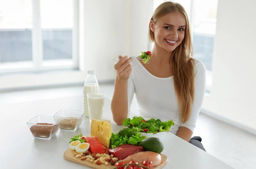 Питание женщин после 55 лет (и после менопаузы): какую диету для похудения выбрать и как составить правильное меню питания?