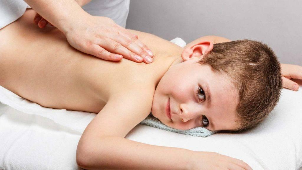 Дренажный массаж для детей при кашле, бронхите, пневмонии (видео): для отхождения мокроты