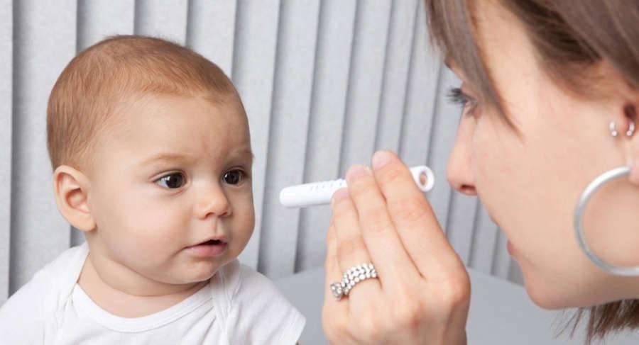 Чешутся глаза у ребенка: что делать и как устранить причину явления?