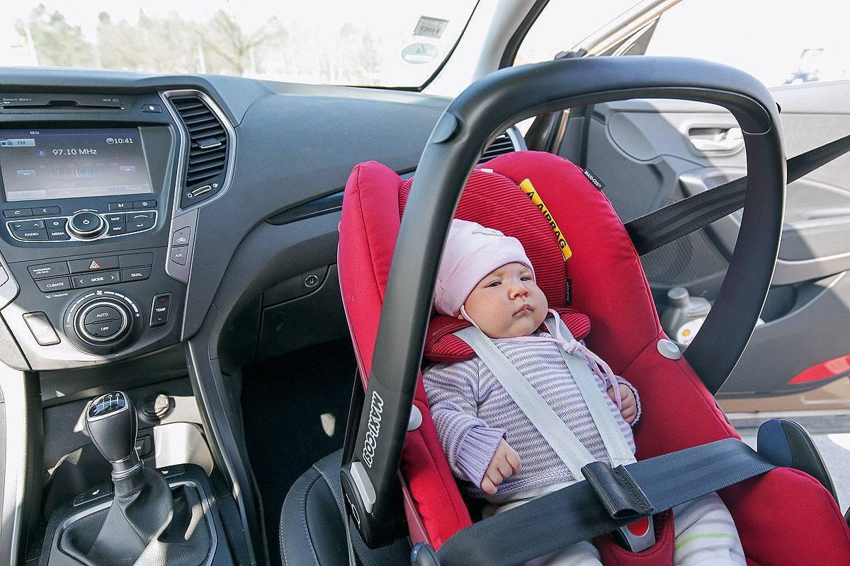 Можно ли перевозить ребенка на переднем сиденье?