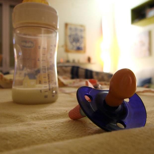 Как отучить ребенка от бутылочки и смеси в 2-3 года: советы комаровского   кормление   vpolozhenii.com