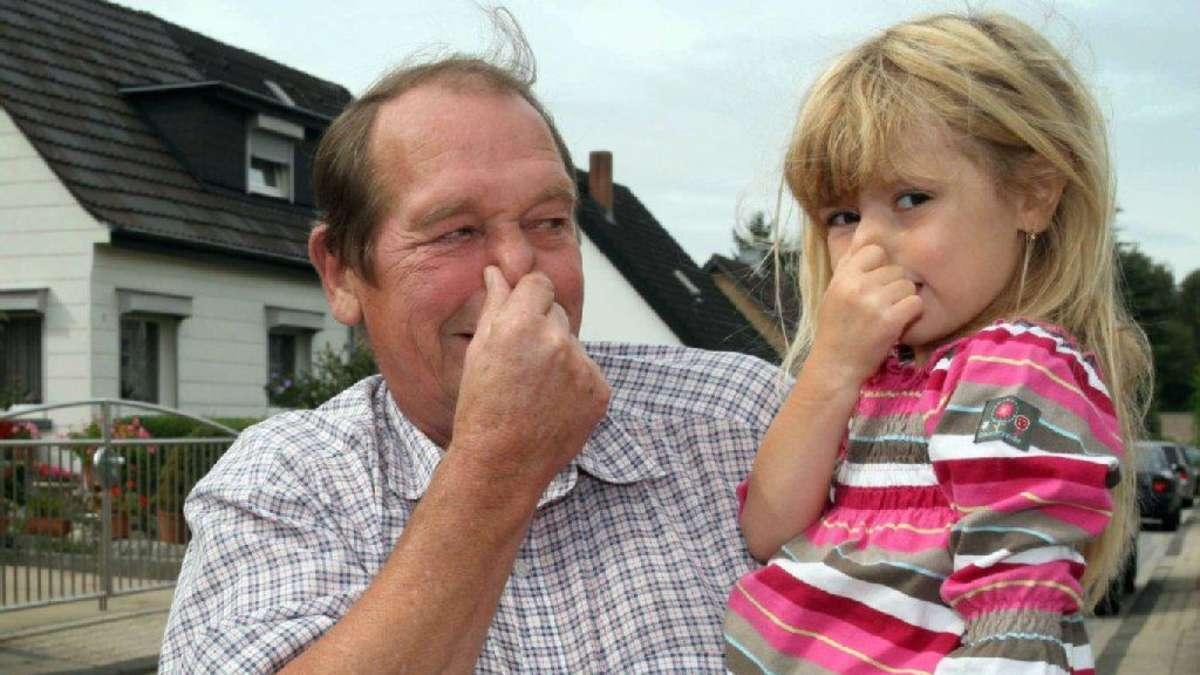 У ребенка запах изо рта при насморке