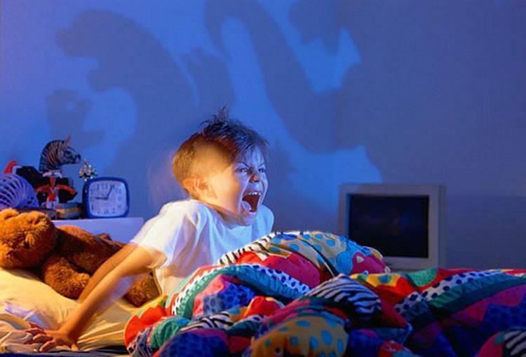 Ребенок просыпается с истерикой | что делать родителям
