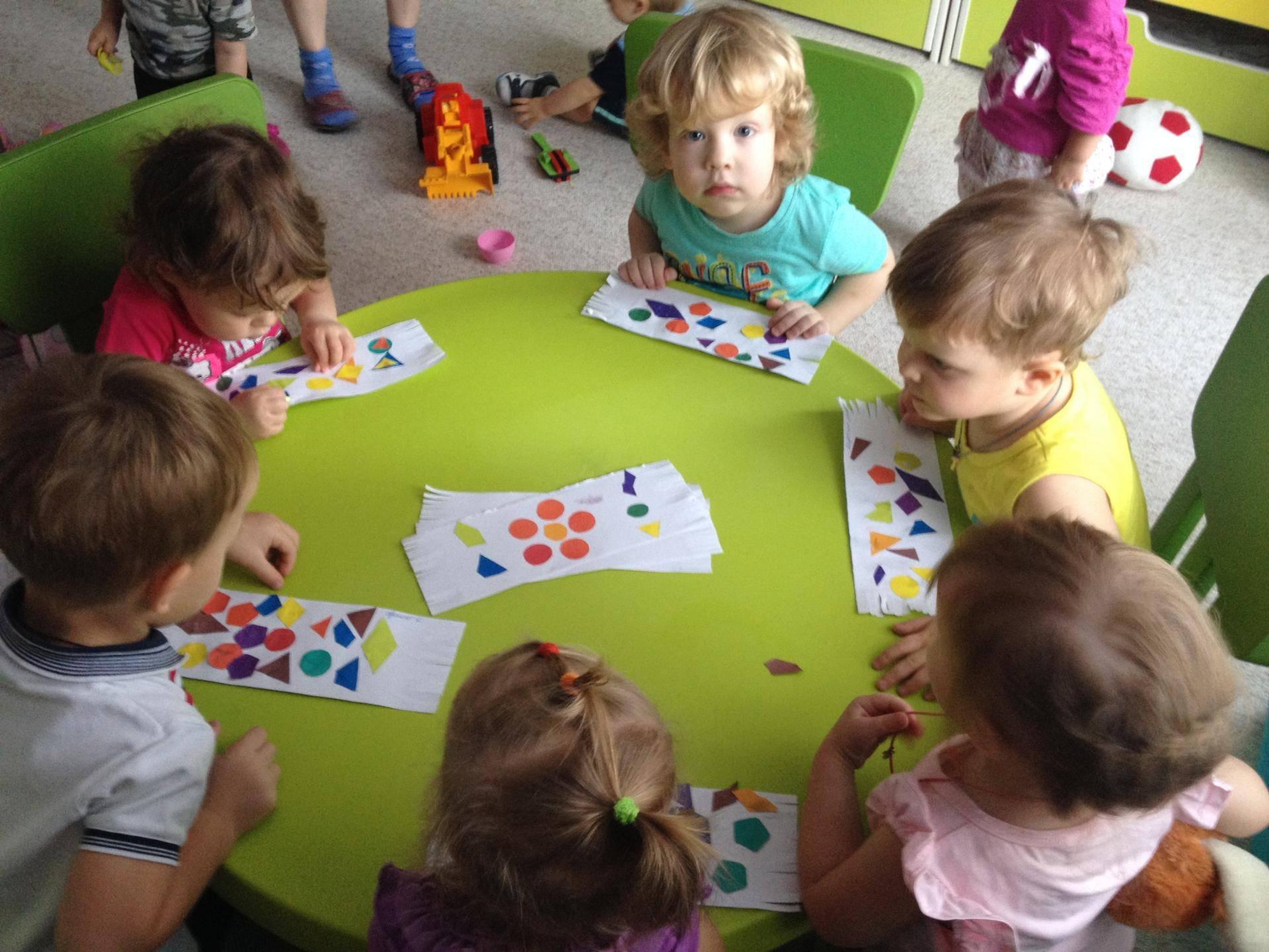 Развивающие занятия для детей 3 лет: какие можно проводить дома каждый день?
